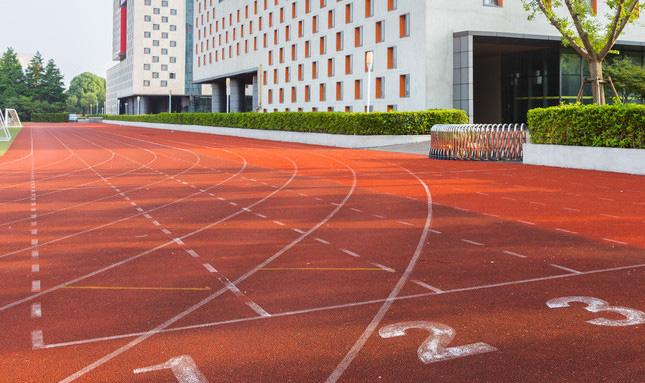 新国标塑胶跑道运动地面材料厂家