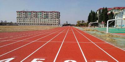 汕头广澳中学4478平方复合型塑胶跑道完工